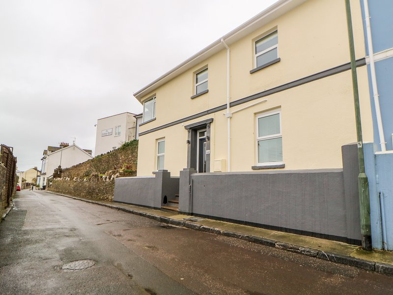 Compass Point, Brixham, holiday rental in English Riviera