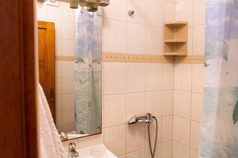 A6 Anja - 2.kat (3 + 2): baño con inodoro