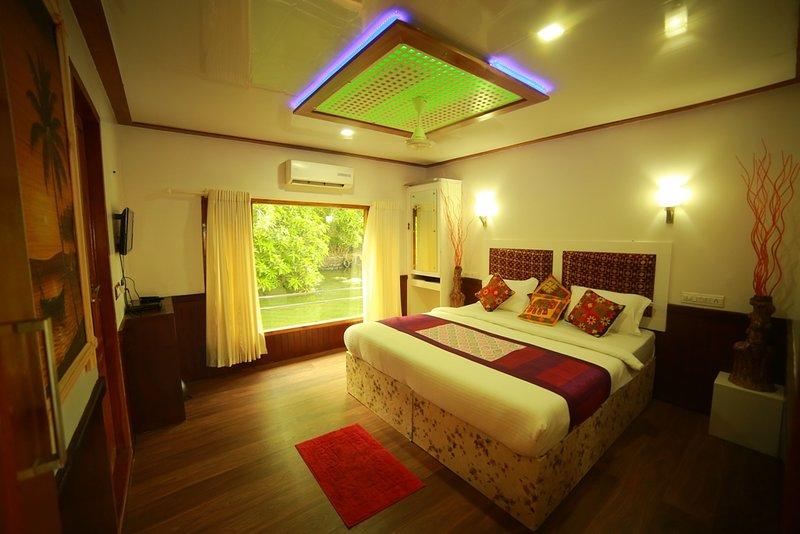 Kerala Houseboats, vacation rental in Alappuzha