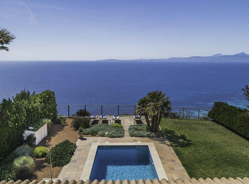 Villa Paraíso Perdido, wifi, piscina, bbq, aire acondicionado, garaje, aluguéis de temporada em Badia Blava