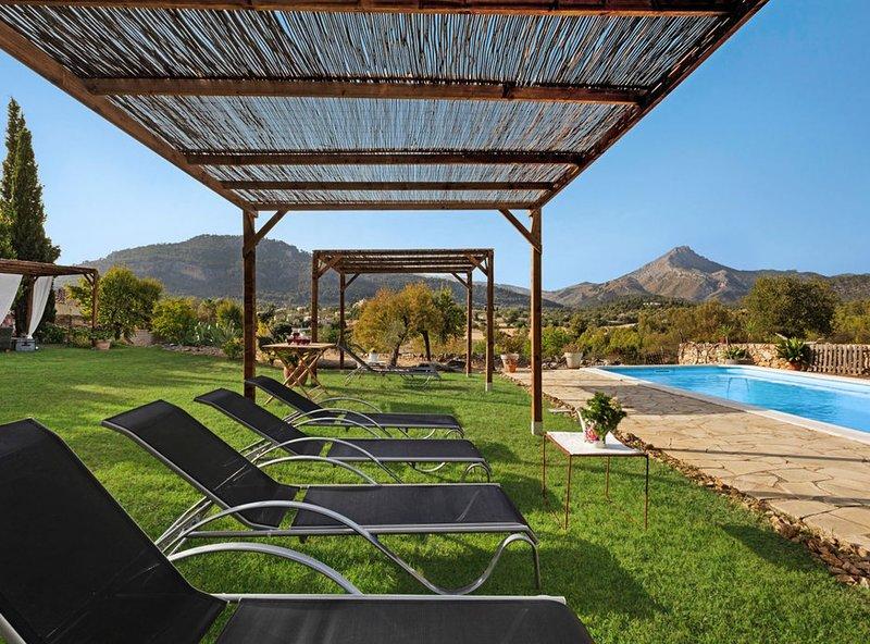 Amazing Villa Estel, location de vacances à Estellencs