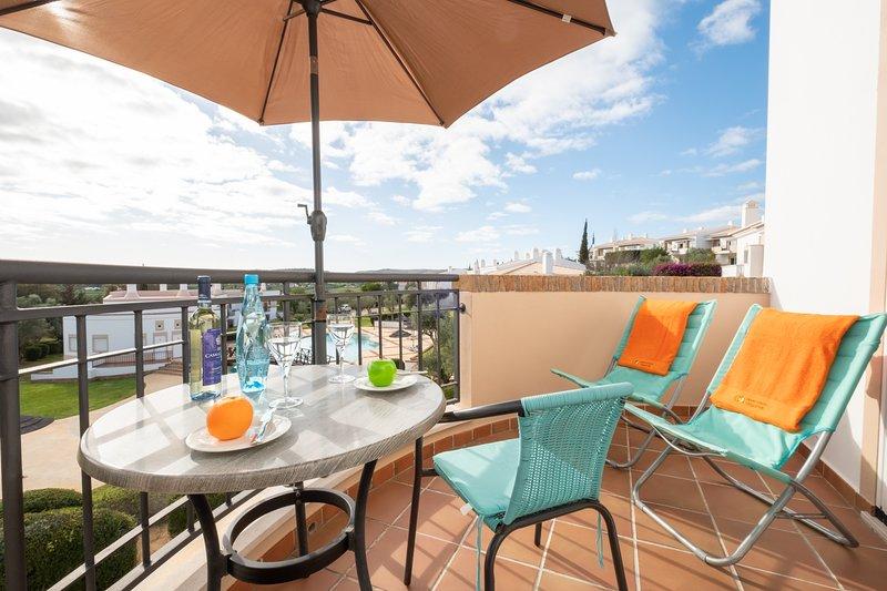 Apartment | Wi-Fi | A/C | Shared Pool [RVDRAD], aluguéis de temporada em Mexilhoeira Grande
