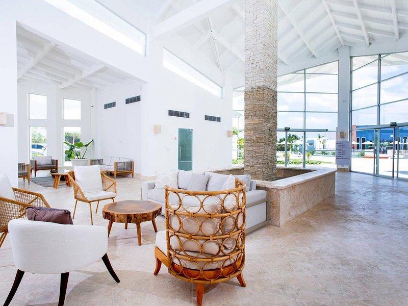 Pool View Suite Cana Bay 07 Playa Bavaro Punta Cana, holiday rental in Palmilla