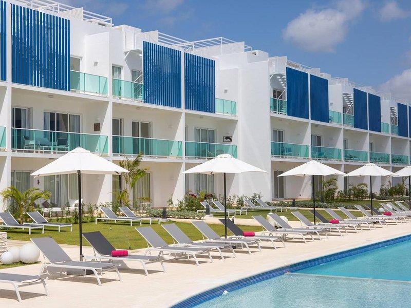 Pool View Suite Cana Bay 14 Playa Bavaro Punta Cana, holiday rental in Palmilla