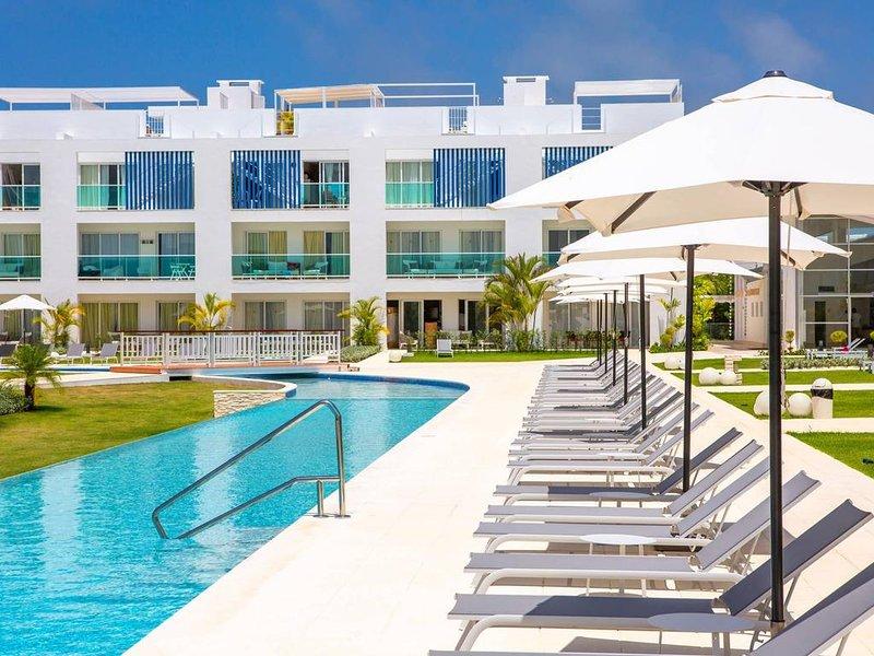 Pool View Suite Cana Bay 11 Playa Bavaro Punta Cana, holiday rental in Palmilla