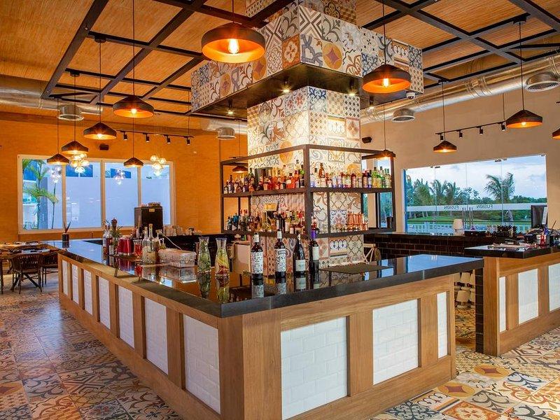 Pool View Suite Cana Bay 08 Playa Bavaro Punta Cana, holiday rental in Palmilla