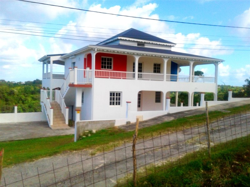 Apartment with mountain view, holiday rental in Morne-A-l'Eau