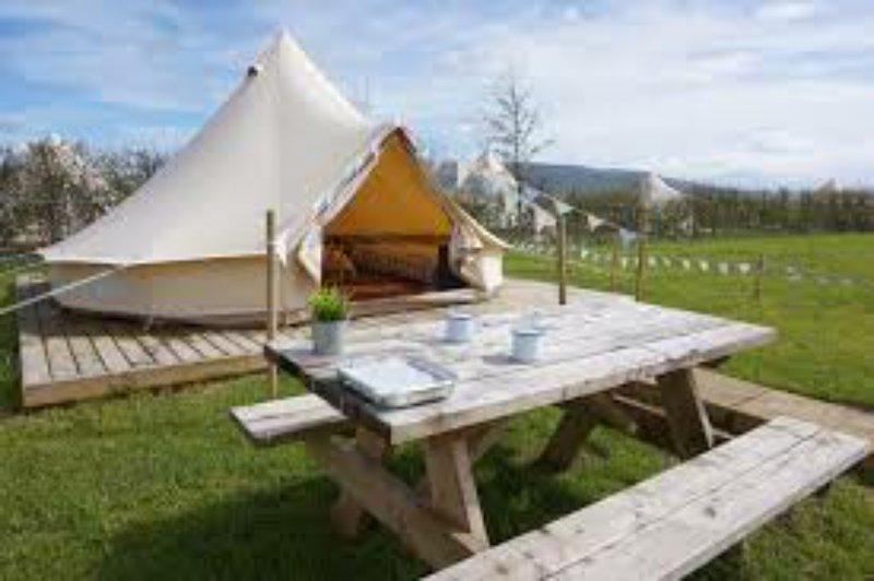 Mellow Yellow Bell Tent - Family Zone, alquiler vacacional en East Layton