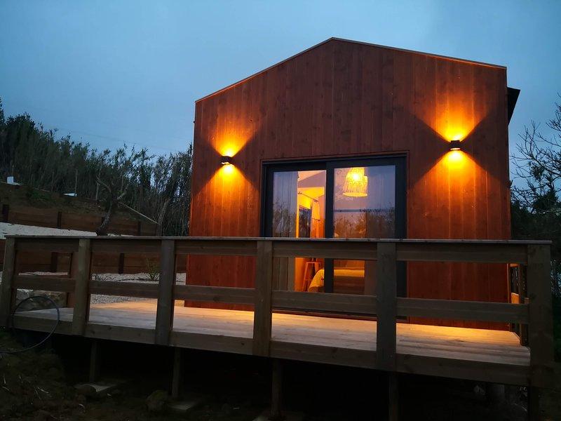 Cosy Chic Cabin, Ferienwohnung in Turcifal