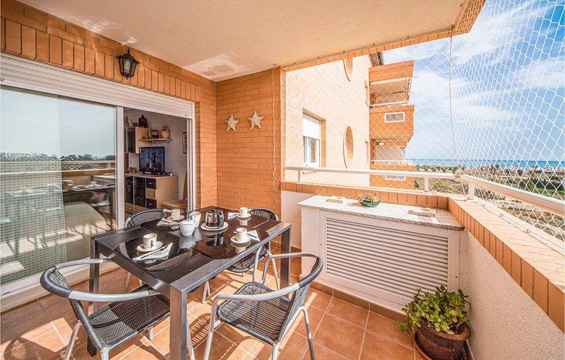 Stunning home in Cabanes with 2 Bedrooms (EBA028), alquiler de vacaciones en Cabanes