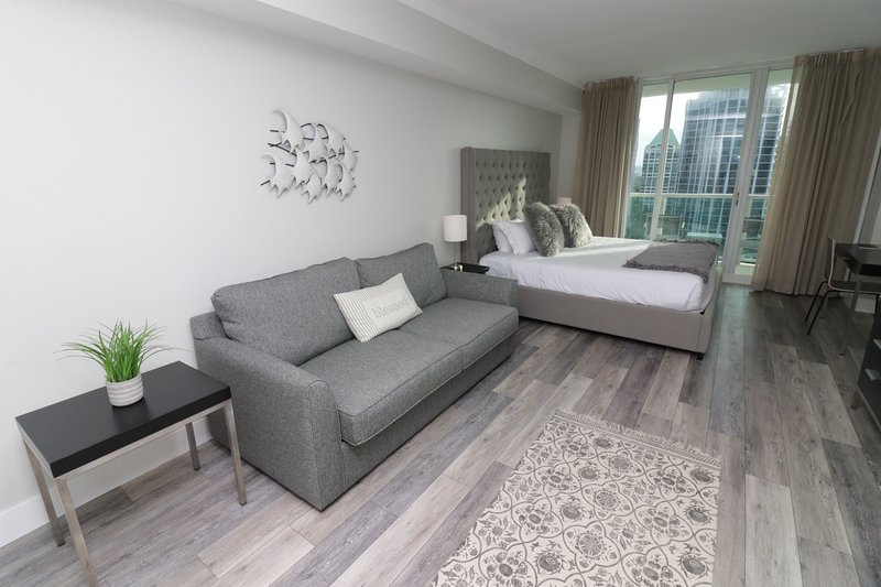 RENOVATED STUDIO at SONESTA COCONUT GROVE from $149 per night!!, holiday rental in Coral Gables