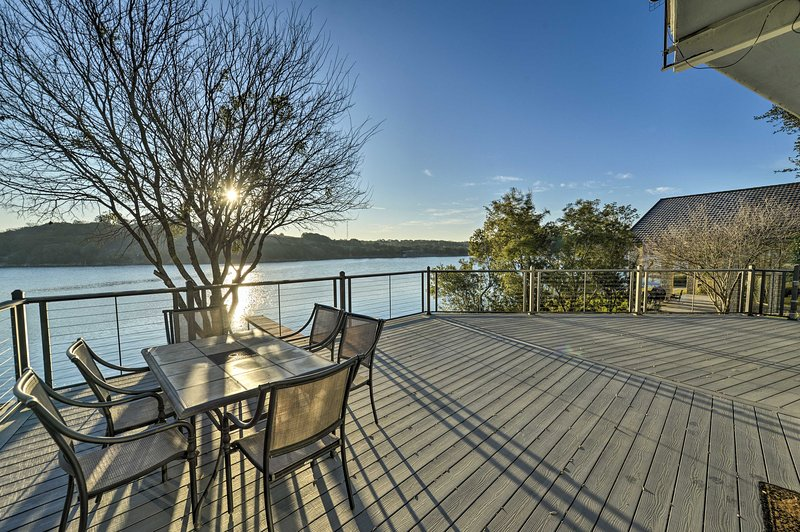 Experience the joys of Lake Granbury at this 3-bed, 2-bath home!