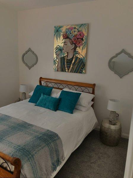 Two-bedroom apartment in Ramsgate town centre, location de vacances à Ramsgate