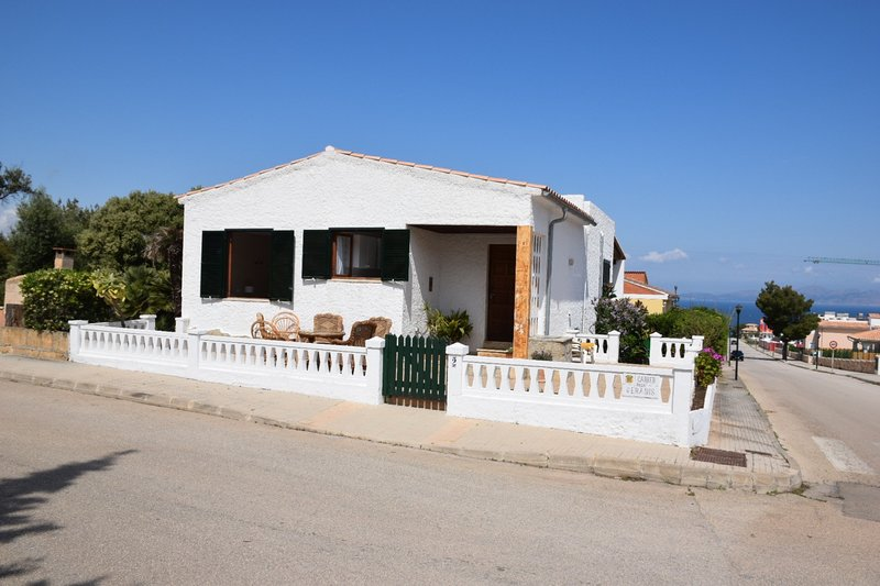 House in a quiet village on the coast., holiday rental in Colonia de Sant Pere