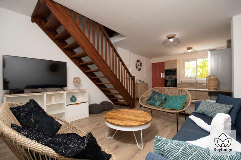 Les Clés de Manoé - Triplex - 100 m² - 200m from the beach, vacation rental in Trois Bassins