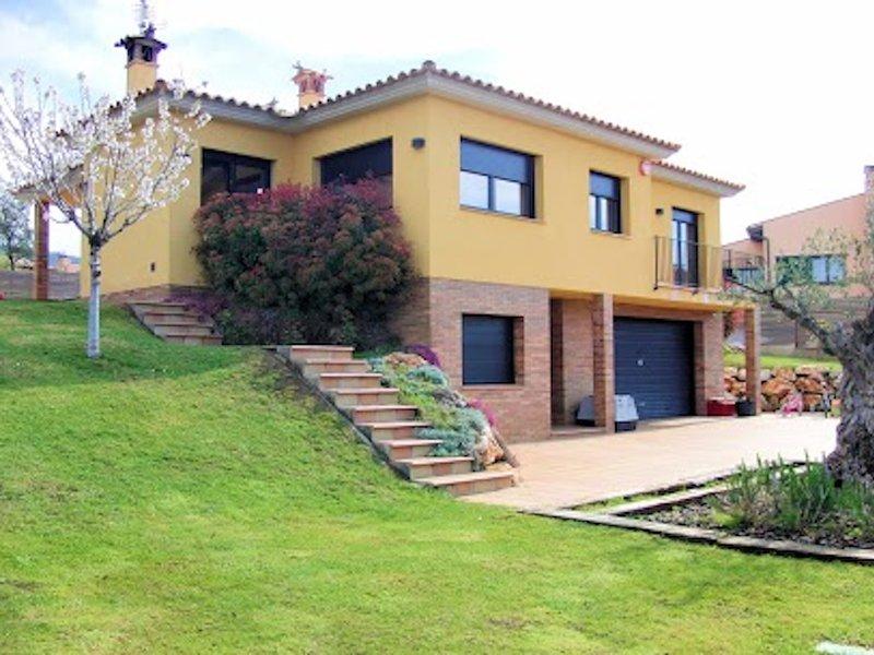 Villa with private pool 5min Golf Club and 10min beach – semesterbostad i Romanya de la Selva