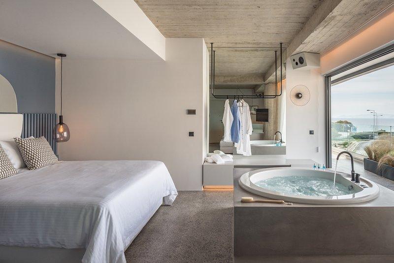 Callista B1 Superior Suite, holiday rental in Alimos