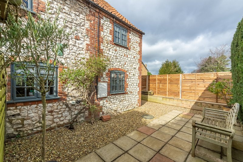 No. 33 Cottage 4, holiday rental in Thornham