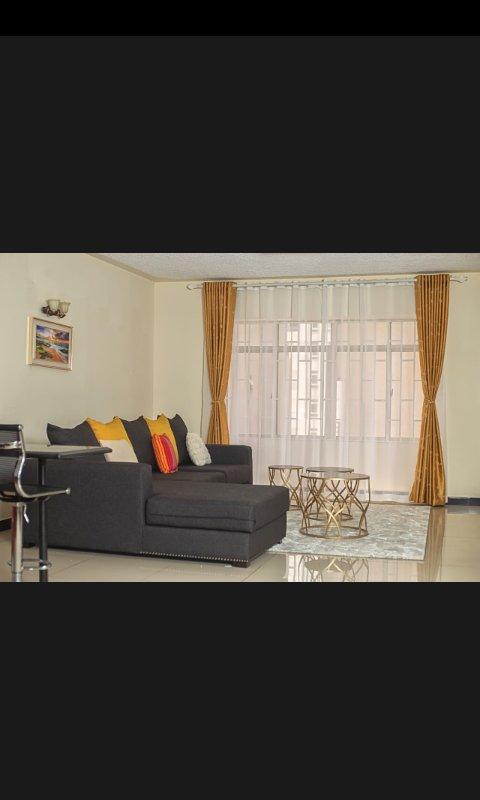 Fully Furnished 3Bedroom House Kilimani, alquiler de vacaciones en Lavington