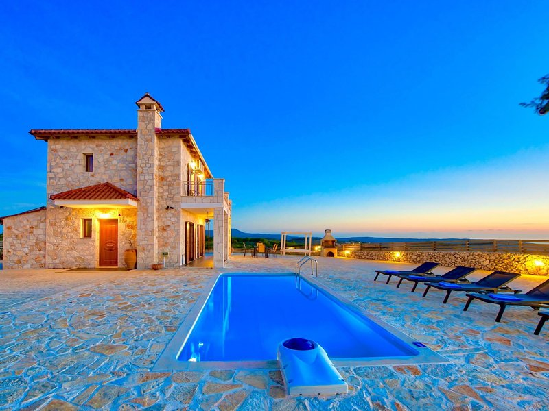 Traditional I, vacation rental in Volimes