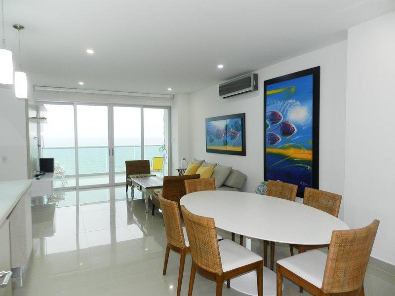 Delux Apartment Ocean view 3BR Coveñas, location de vacances à San Antero