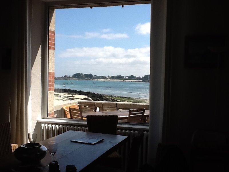 Amazing villa with sea view & Wifi, location de vacances à Brignogan-Plage