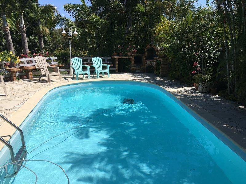 Nice studio with shared pool & Wifi, casa vacanza a Matouta