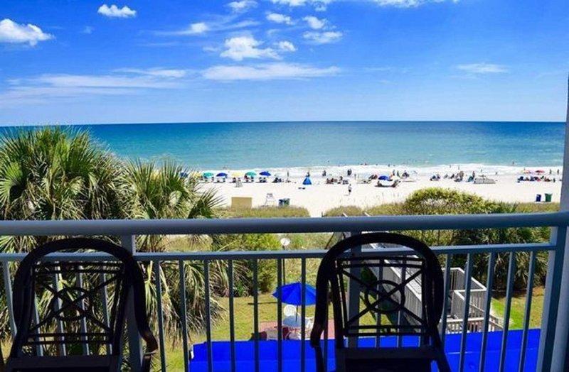 Directly on the beach Beachfront Condo w Balcony at Camelot by the Sea, alquiler de vacaciones en Myrtle Beach