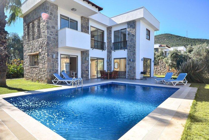 Free A/C, Wi-Fi, pool towels,close to marina, vacation rental in Torba