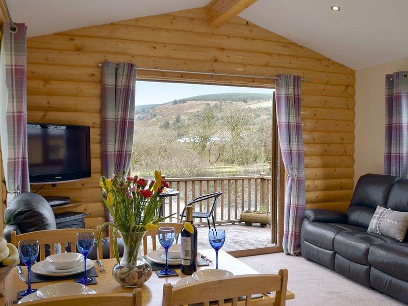 Herons Log Cabin, vacation rental in Rosebush