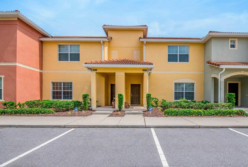 Located on the fantastic resort Paradise Palms, vacation rental in Apopka
