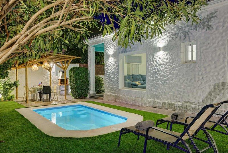 wonderful villa, ideal location in Torremolinos, holiday rental in Torremolinos
