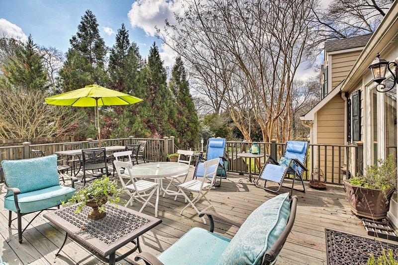 ¡Base todas sus aventuras en Atlanta en esta pintoresca casa de Decatur!