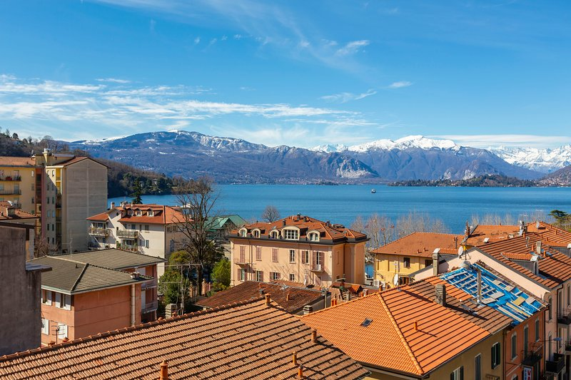 Appartamento Il Golfo, holiday rental in Laveno-Mombello