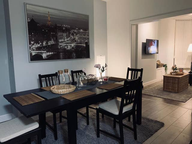 Luxurious & Stylish Home - Central - Free Parking, holiday rental in Liverpool