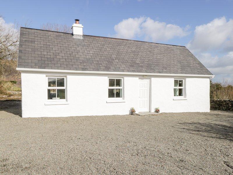 Tigh Mhicheal Phaidin, Clonbur, County Galway, holiday rental in Clonbur