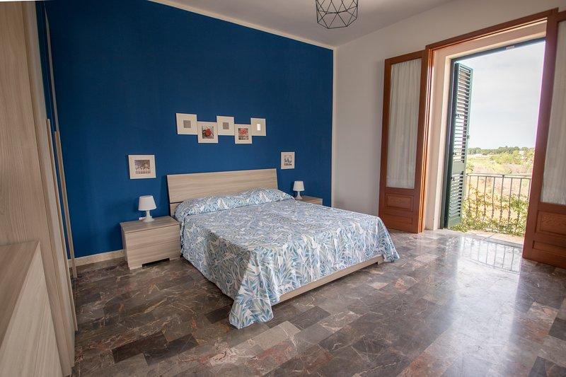 villadeborah-residence appartamento 'iris', vacation rental in Torre San Giovanni