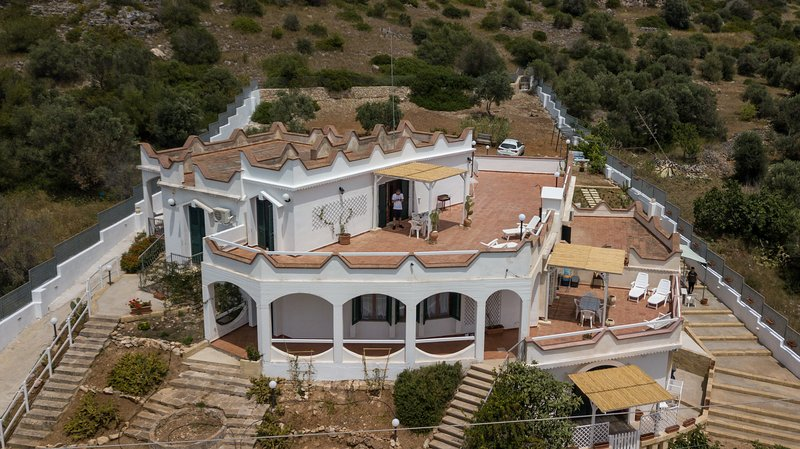 villadebora-residence appartamento 'ORCHIDEA', vacation rental in Torre San Giovanni