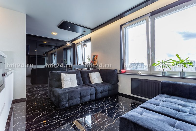 hth24 apartments Kremenchukskaya 11, location de vacances à Razmetelevo
