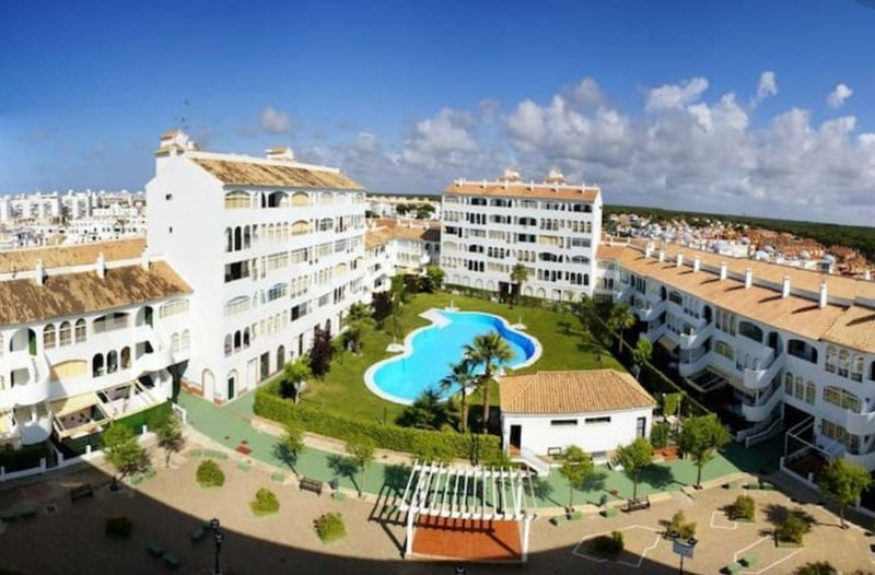 Apartment with shared pool, holiday rental in El Portil