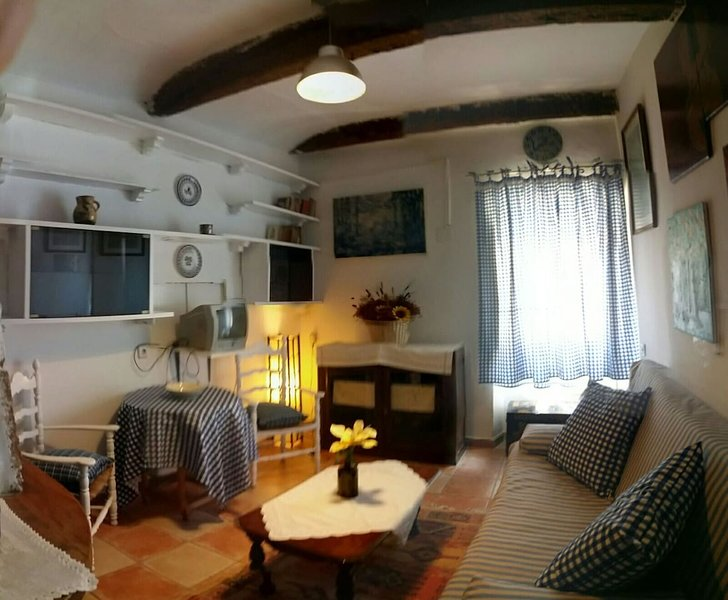 Amazing apartment in Cuenca, Ferienwohnung in Valdecabras