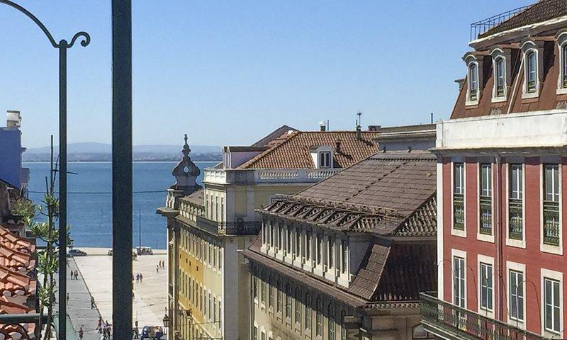 LV Premier Baixa CN1, holiday rental in Montijo