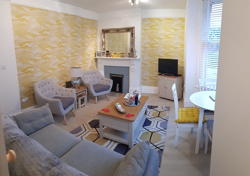 Silverwood Apartment - Ground floor 4* Gold rated in Whitby town centre, holiday rental in Whitby
