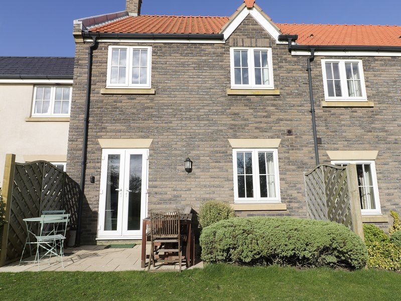 The Beach Retreat, Filey, holiday rental in Reighton