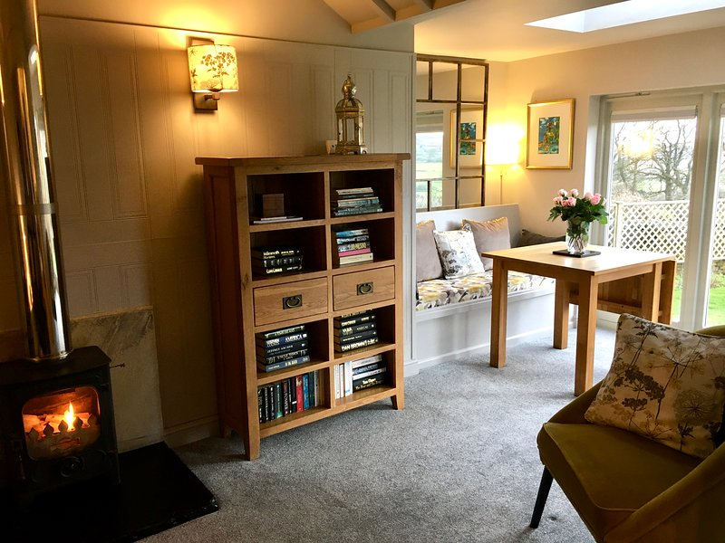The Old Dairy Cottage welcoming and comfortable lounge/dining room