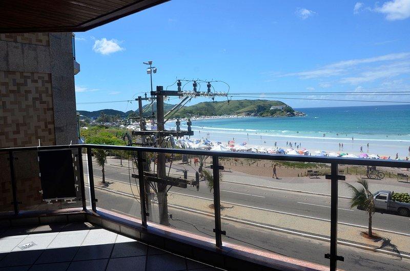 Lindo e bem localizado 3 quartos de frente p/ Mar - Praia do Forte, vacation rental in Cabo Frio