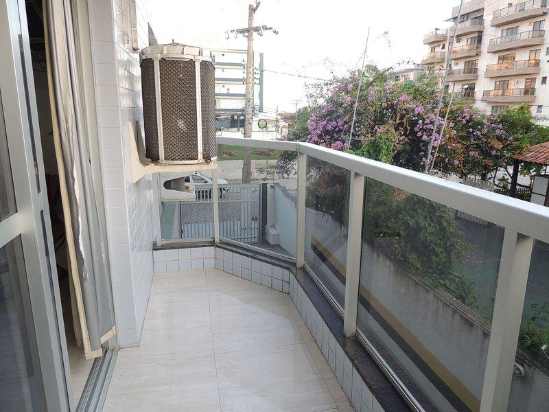 Praia das Dunas - Ótimo apartamento com 2 quartos, location de vacances à Sao Pedro da Aldeia
