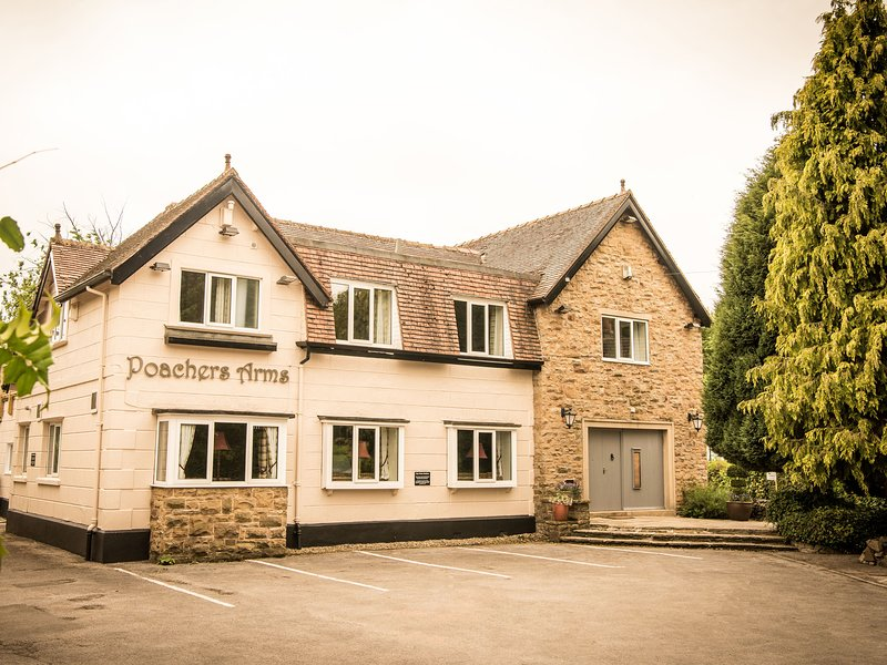 POACHER'S ARMS, all bedrooms with TV and en-suite, games room, in Hope, Ref – semesterbostad i Edale
