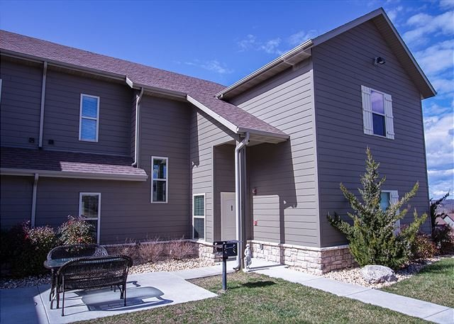 Look No Further for the Perfect Family Retreat-Sleep 20 -Two-3 Bedroom Condos, holiday rental in Galena
