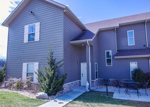 Perfect for Families- Two-3 Bedrooms Condos at StoneBridge Resort, holiday rental in Galena